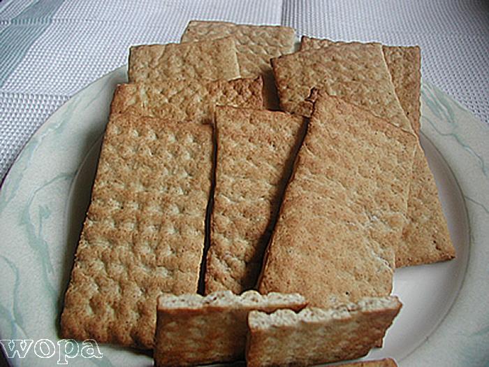 baka hårt bröd